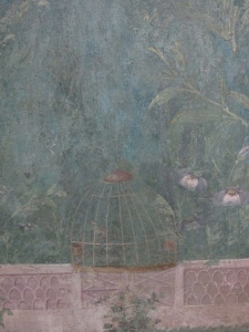 detail showing bird cage, triclinium of Livia, Palazzo Massimo alle Terme.