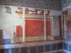 "Painted decoration with architectural motifs in the ""House of Augustus"""